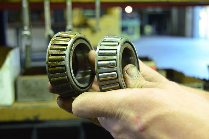 bearings color